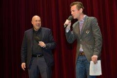 Trapas nepřežiju! v Hybernii - Petr Lesák a pan starosta Lomecký vítají diváky